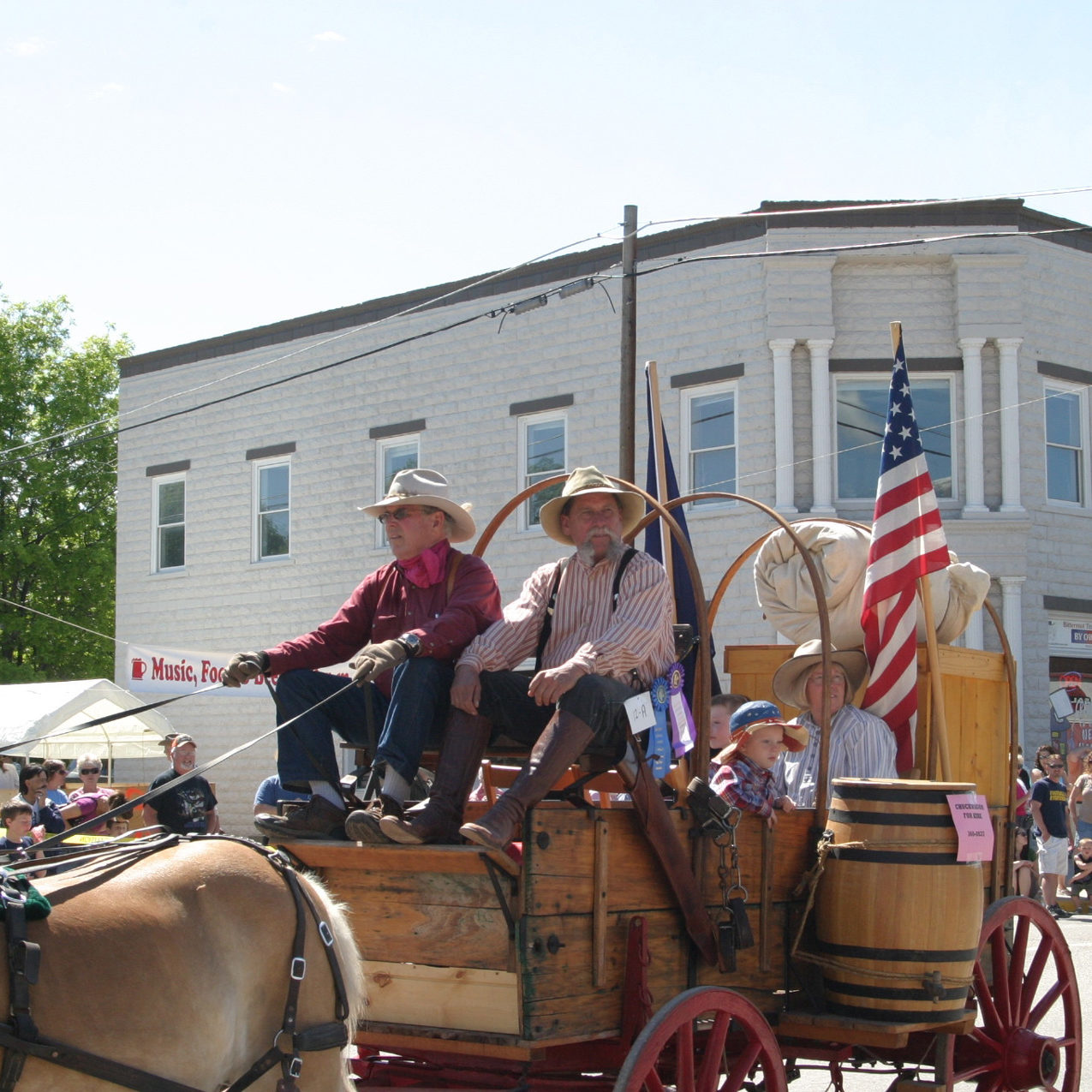 chuck-wagon-in-parade-cropped
